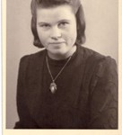 Frau Ellen Seefeldt, wife of Willi